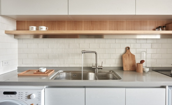 kitchen-with-subway-tile-and-wood-accents-copy